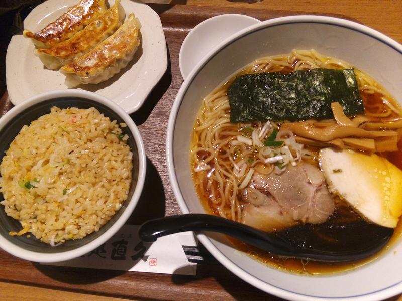 純鶏らーめん 醤油+餃子+チャーハン