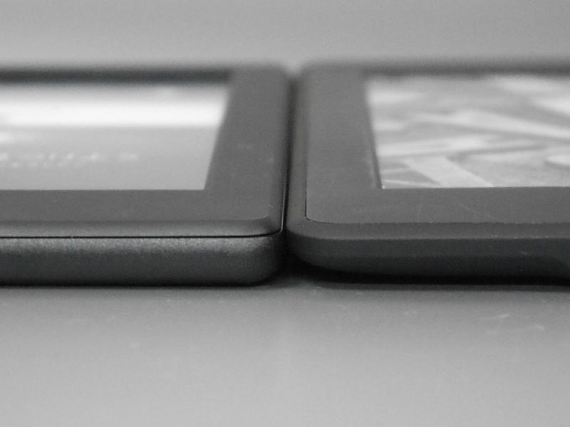 Kindle Paperwhiteとは同じ厚み