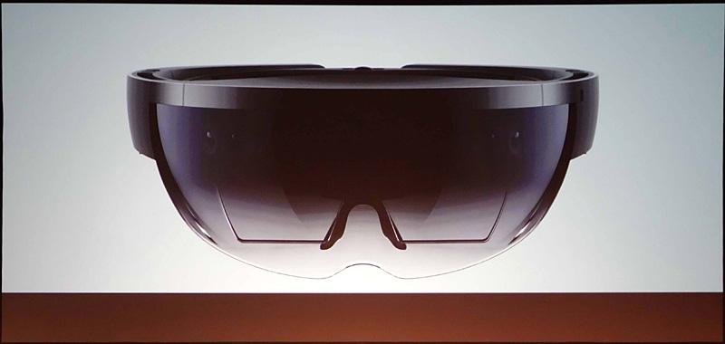 HoloLensゴーグル