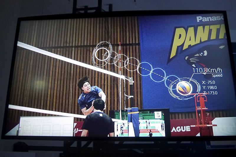 3Dトラッキングシステム@バレーボール。スパイクのスピードや角度などを画像解析により表示する