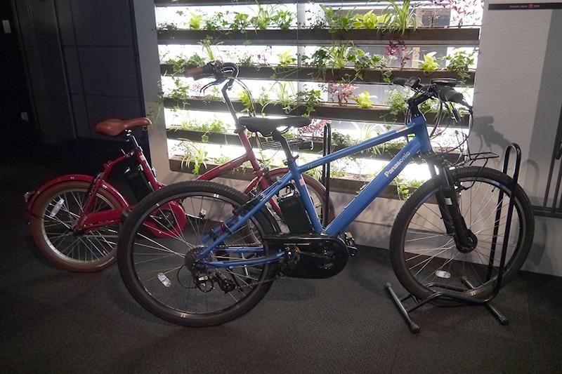 電動アシストサイクル。自転車シェアリングに適した仕組みをNTTドコモと共同検討している