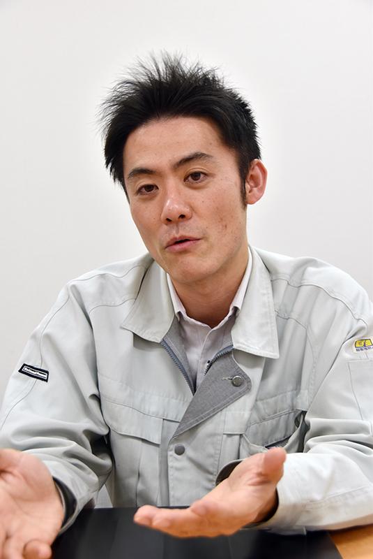 西本泰昌氏(モバイル開発部ハード設計1課 プロジェクトリーダー)