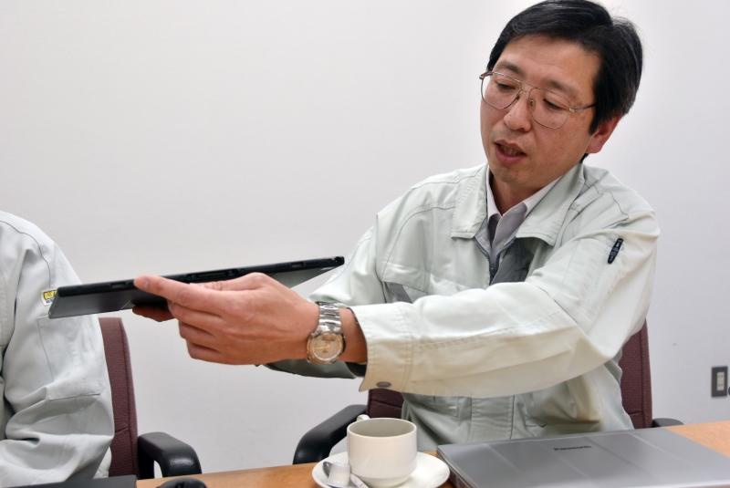 深山一弥氏(モバイル開発部ハード設計1課 電気、基板担当)