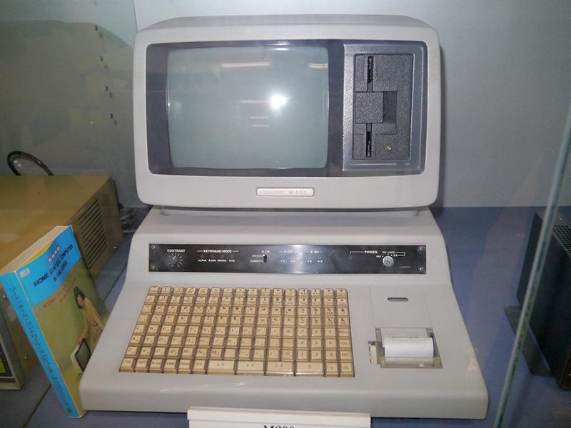 ソードの国内初のテーブルトップPC「M200シリーズ」