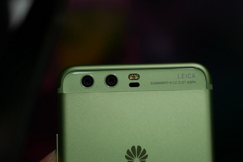 裏面カメラは、Mate 9相当の「Leica Dual-Camera 2.0」に進化
