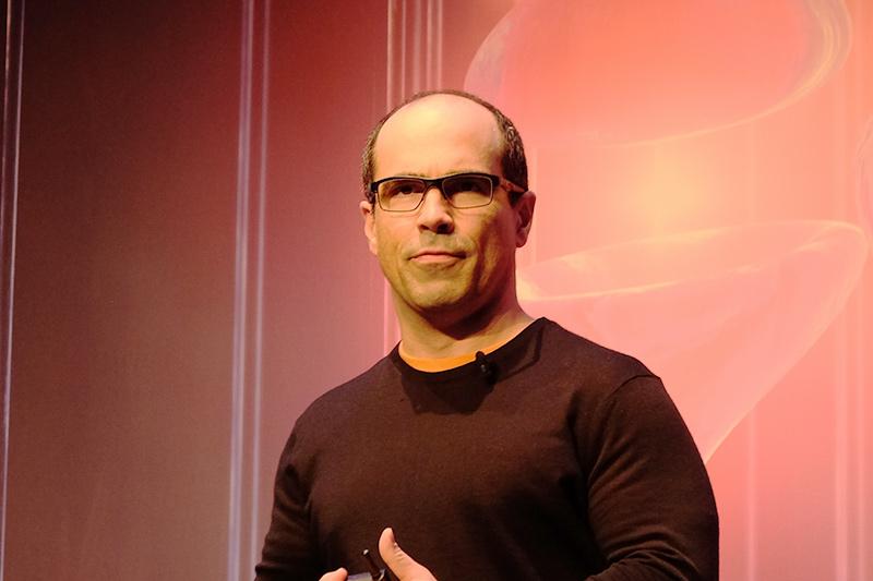 米Intel AI製品事業本部 副社長兼CTO Amir Khosrowshahi氏