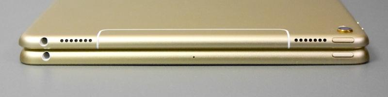 iPad Pro 9.7は反対側の面にもスピーカーがあるが本製品にはない。音楽や動画再生においては大きなハンデとなる