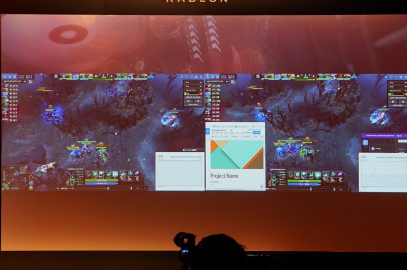 IntelのCore i5(左)はコマ落ちが発生していたが、Ryzen(左)はスムーズに動くというデモ
