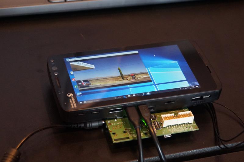 デモに利用されたSnapdragon 835を搭載したQRD