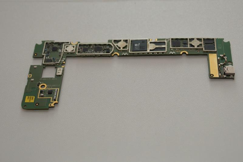 Snapdragon 835の基板