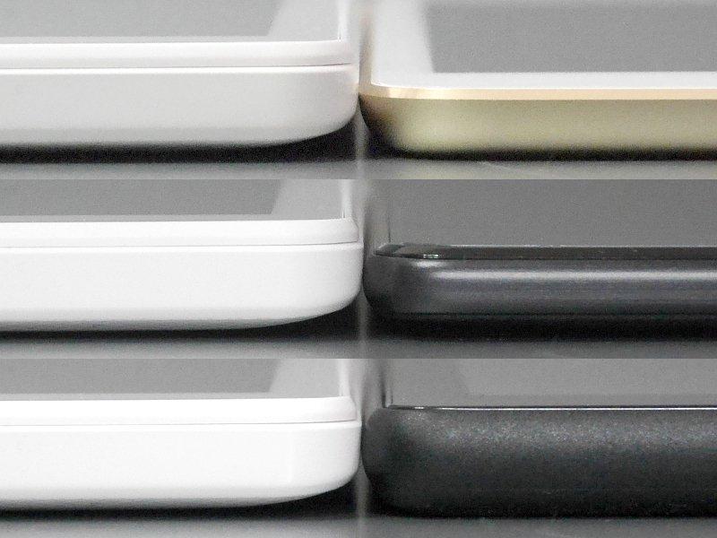 厚みの比較。いずれも左が本製品、右は上から順にiPad mini 4、ZenPad 3 8.0、Fire HD 8。厚みはそこそこあることがわかる