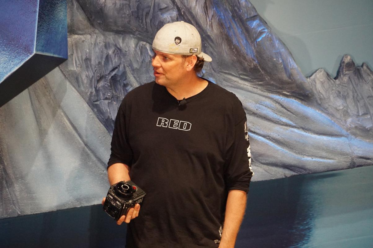ゲストとして呼ばれたRed Cinema 社長 ジェラード・ランド氏。8Kカメラを市販している