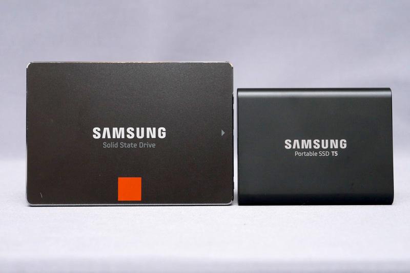 サイズは74×57.3×10.5mm(幅×奥行き×高さ)。2.5インチSSDよりも一回り小さい