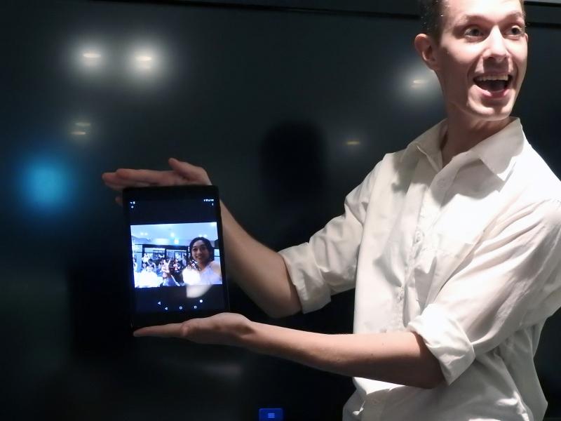 PLEN Cubeで撮影した画像は、スマートフォンに即座に転送される
