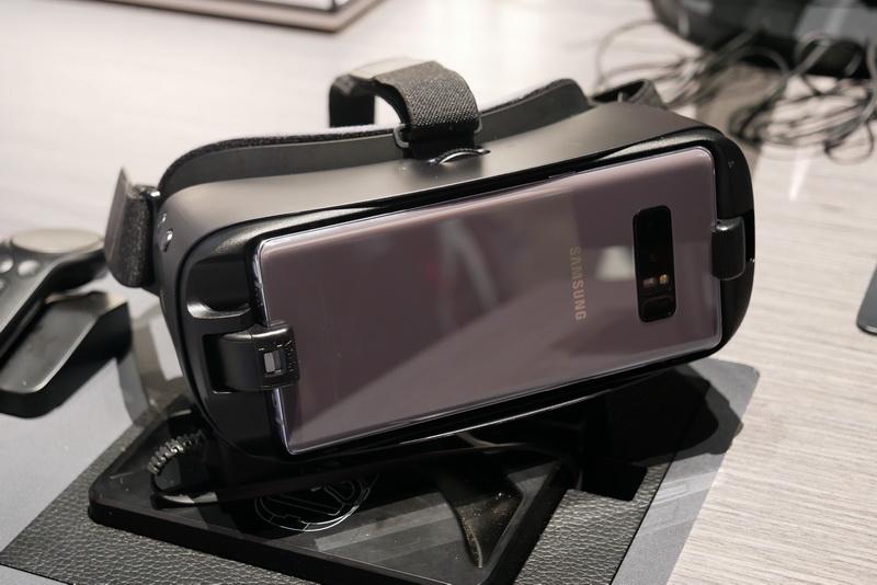 Gear VRは、Galaxy Note8対応の新型に対応。米国ではGalaxy Note8と同じく9月15日より発売される予定