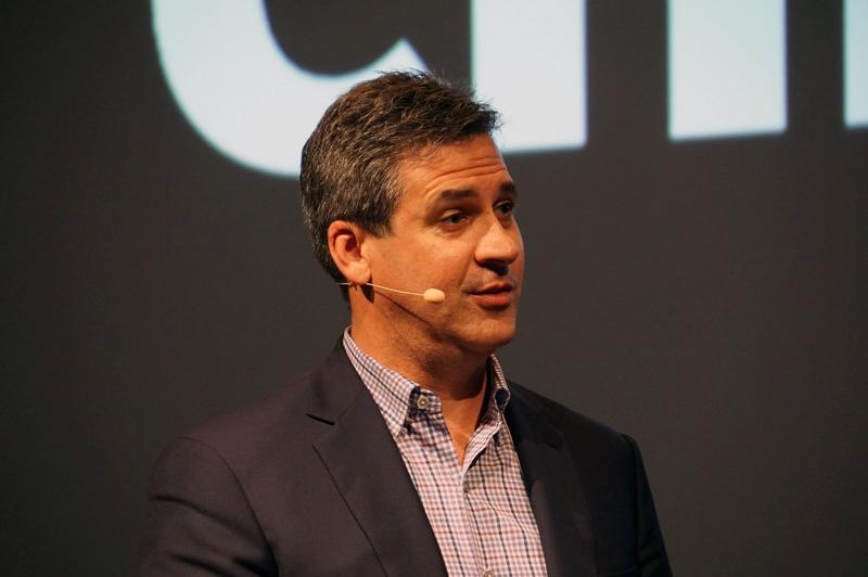 Intel 副社長 兼 クライアントコンピューティング事業本部 モビリティクライアントプラットフォーム 事業部長 クリス・ウォーカー氏