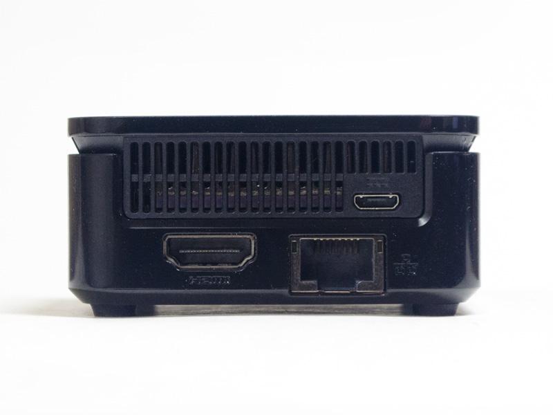 電源コネクタ、HDMI、Gigabit Ethernet