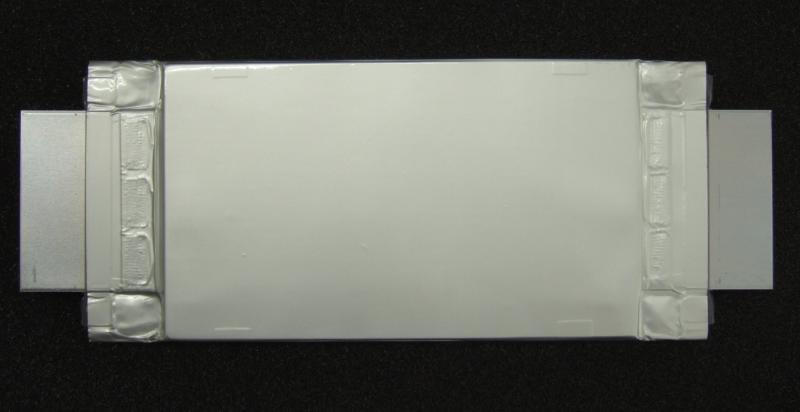 50Ahの次世代リチウムイオン電池(SCiB)の試作品