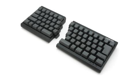 パカッと割れる左右分割式キーボードの日本語配列版が登場 Barocco MD600日本語配列バージョン
