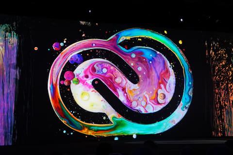 「Adobe Sensei」はクリエイターの創造性を助けるAIに 新しくなったCreative Cloudのロゴ。従来の赤ベースのロゴからこちらの新しいロゴへと変更される