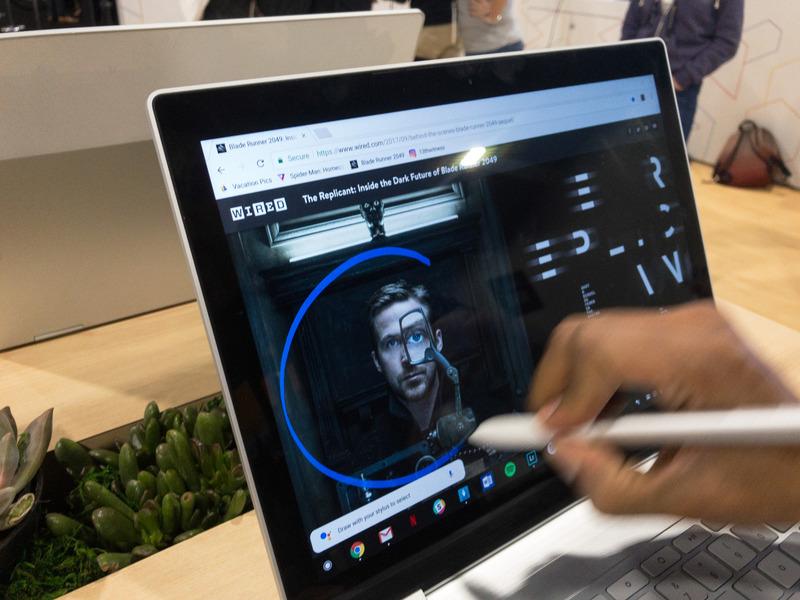 ペンを利用したユニークな機能として、ペンで画像を円で囲むと画像検索を行なってくれる、これは便利だ