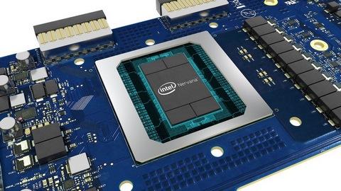 IntelがAI向けプロセッサをCPUに統合する可能性を示唆 Intelが10月17日に発表したIntel Nervana Neural Network Processor(NNP)。深層学習に特化したプロセッサとなる