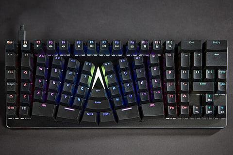 既存キーボードの使い勝手を損なわないエルゴノミクスキーボード「X-Bows」 X-Bows Ergonomic Keyboard