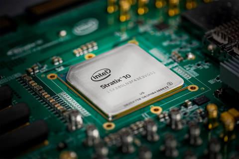 インテル、Cortex-A53プロセッサを統合したハイエンドFPGA Stratix 10 SX FPGA