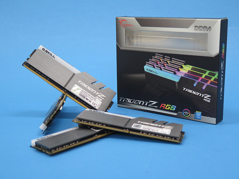 Trident Z RGBのパッケージ