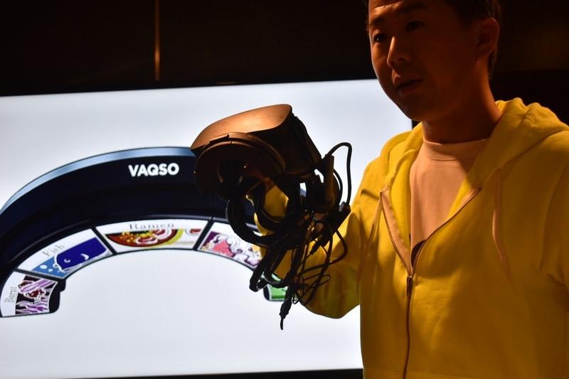 香りをVRに取り込むVAQSO VR。女の子の香りなどといったものも用意されていた