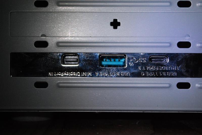 拡張カードのThunderbolt 3端子