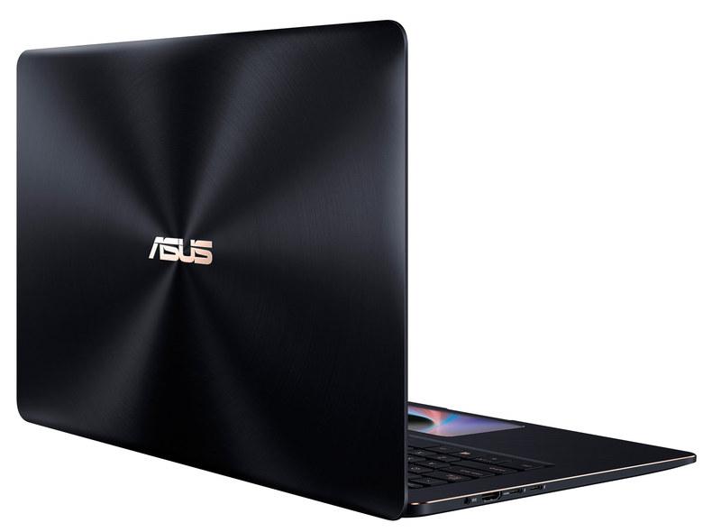 ASUSのZenBook Pro 15