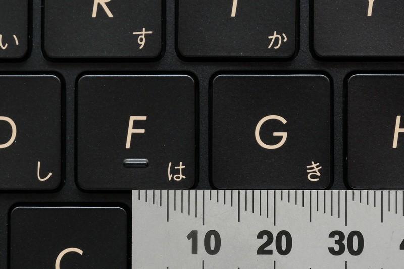 主要キーのキーピッチは19mmフルピッチを確保
