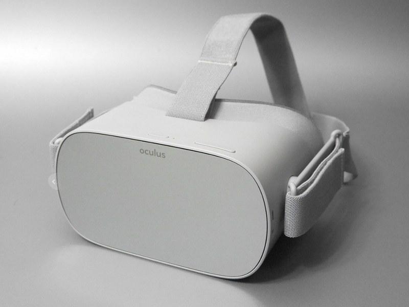 「Oculus Go」。俗に3DoFと呼ばれる、前後左右上下への移動は検知せず、頭の回転のみを検知するVRヘッドセットだ