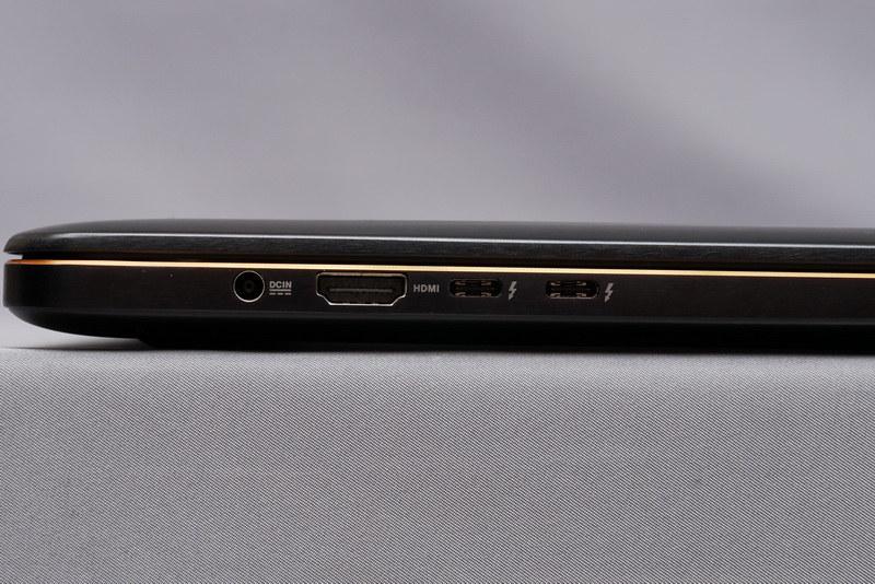 左側面には、電源コネクタ、HDMI、Thunderbolt 3×2を配置