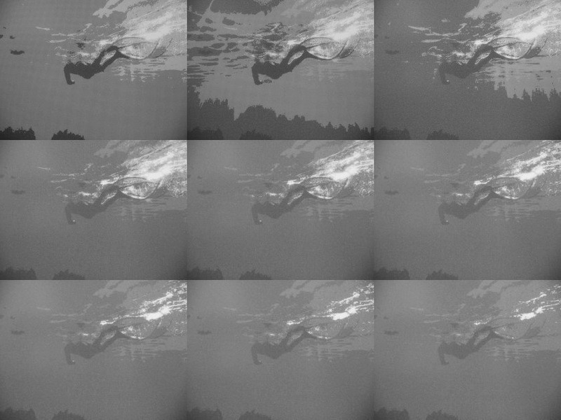 コントラスト調整は9段階で行なえる。引いて撮影しているため3枚目以降の差異がわかりにくいが、文字色の区別をつけたい場合などに役に立つ