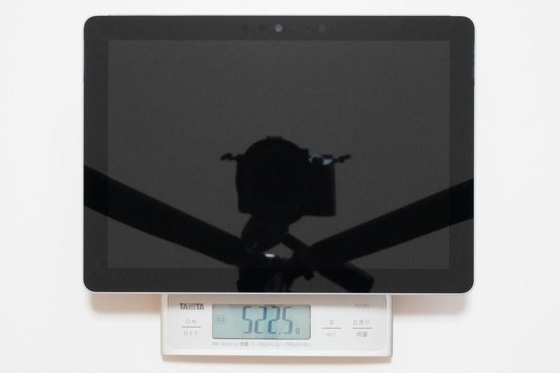 Surface Go本体の実測重量は約522.5g