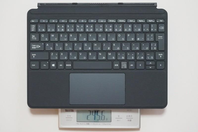 Surface Go タイプカバーの実測重量は約245.6g