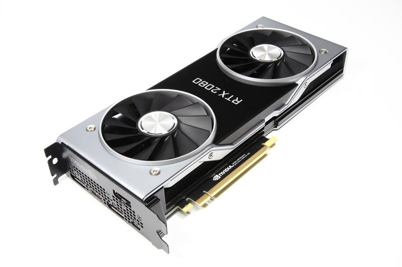 GeForce RTX 2080 Founders Edition。見た目はGeForce RTX 2080 Tiとほとんど変わらない
