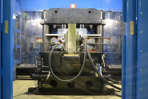 電磁濃縮超強磁場発生装置
