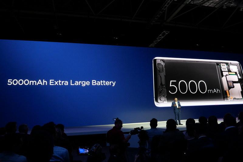 バッテリ容量は5,000mAh