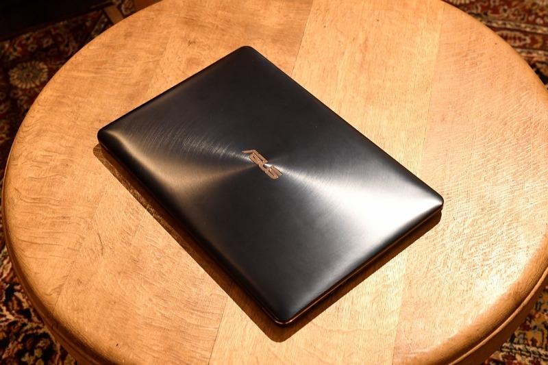 ASUS「ZenBook Pro 15」