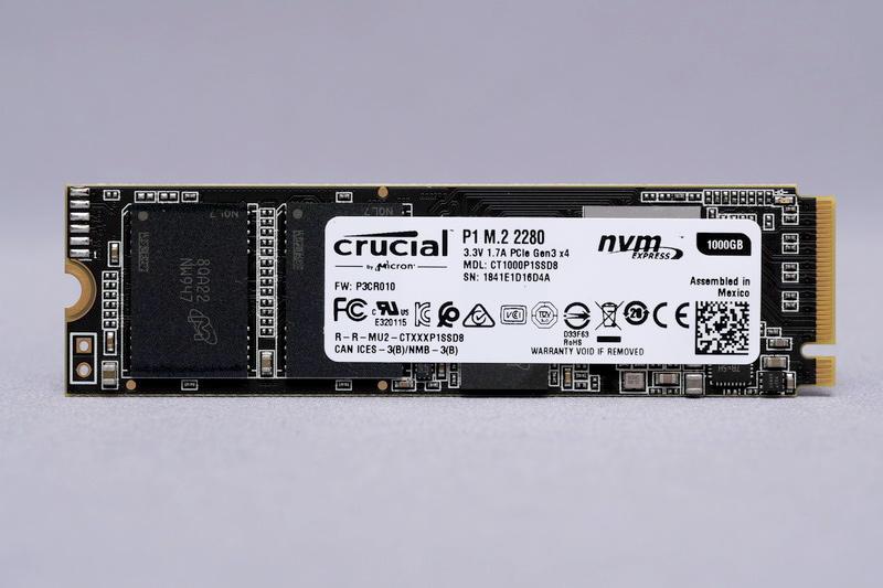 Crucial P1。フォームファクタはM.2 2280を採用し、接続インターフェイスはPCI Express 3.0 x4、プロトコルはNVM Express 1.3に対応する