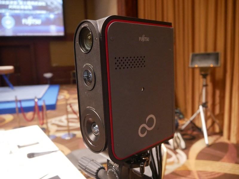 富士通が開発した体操競技採点支援システムに使用する3Dレーザーセンサー