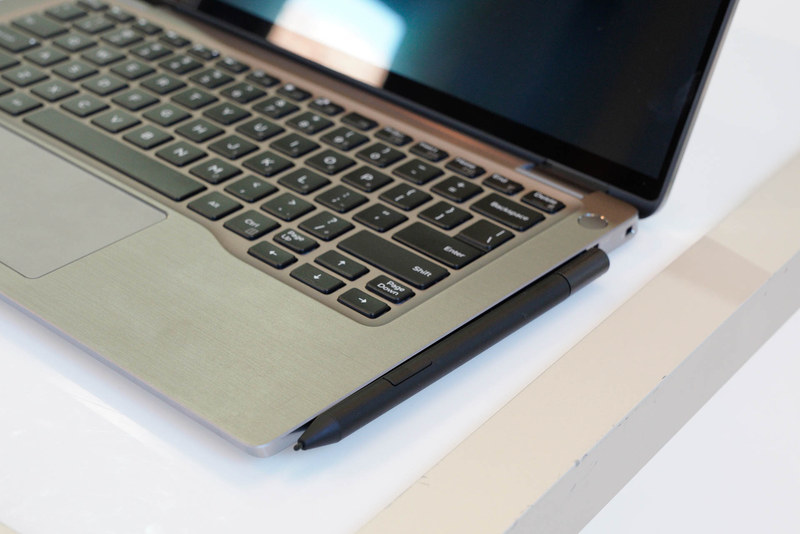 AES 2.0に対応したペンをオプションで選択可能