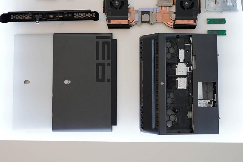 冷却系のパーツ。これでデスクトップPC向けCPUとGPUを冷却する