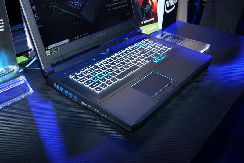 HyperDrift Keyboardを収納した状態