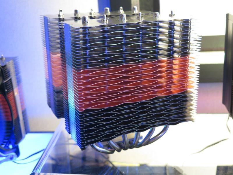 特許を取得した波を打った冷却フィン