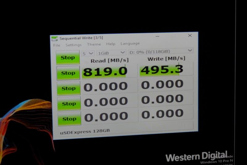 microSD ExpressをPCIeに直接接続した場合の速度、JMS581を介してUSB 3.2 Gen2で接続した場合とほぼ同等の速度だった