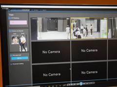 パナソニックとNTTコミュニケーションズが共同開発した「リアルタイム人物トラッキングシステム」。顔認証技術に全身照合技術を組み合わせてターゲットをリアルに検知し、追尾できる